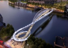 Gracefully curved bridge