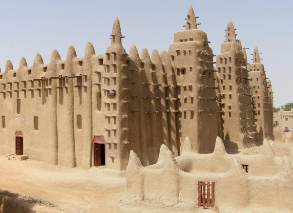Grand Mosque, Djenne, photograph by BluesyPete via Wikimedia