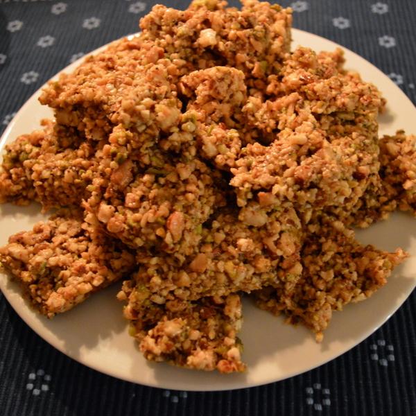 Dinner6 Honey Nut Cakes