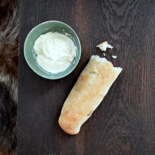 Dinner8 Bread