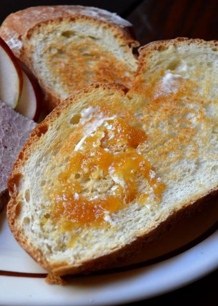 Dinner10 Toast