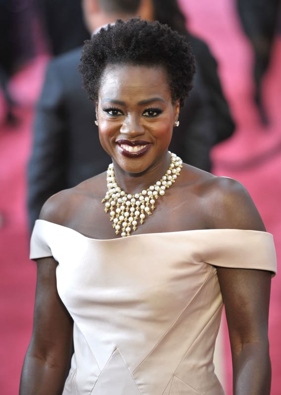 The Hollywood Gossip viola-davis-at-the-2015-oscars