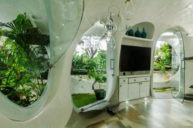 The White Room Garden Room TV