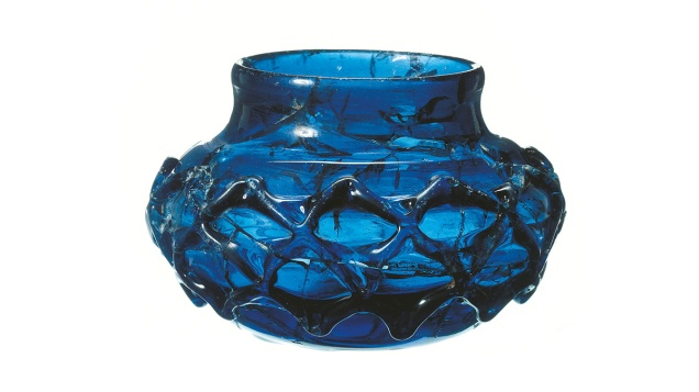 MOLA Prittlewell Blue Glass Decorated Beaker