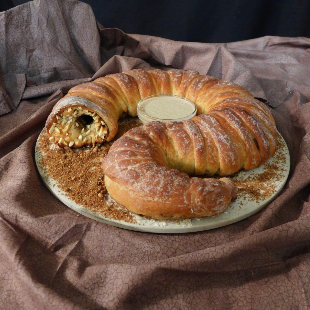 Kitchen Overlord Chris-Rachael Oseland Sandworm Bread
